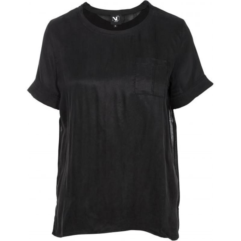 NÜ T-shirt Black