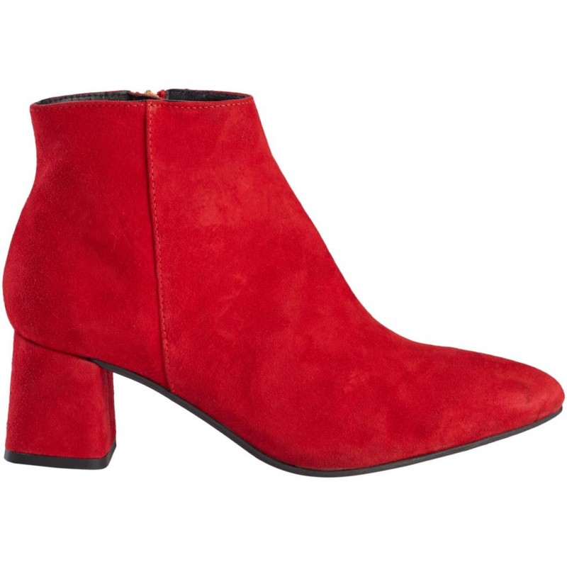 Pavement Katy Red Suede