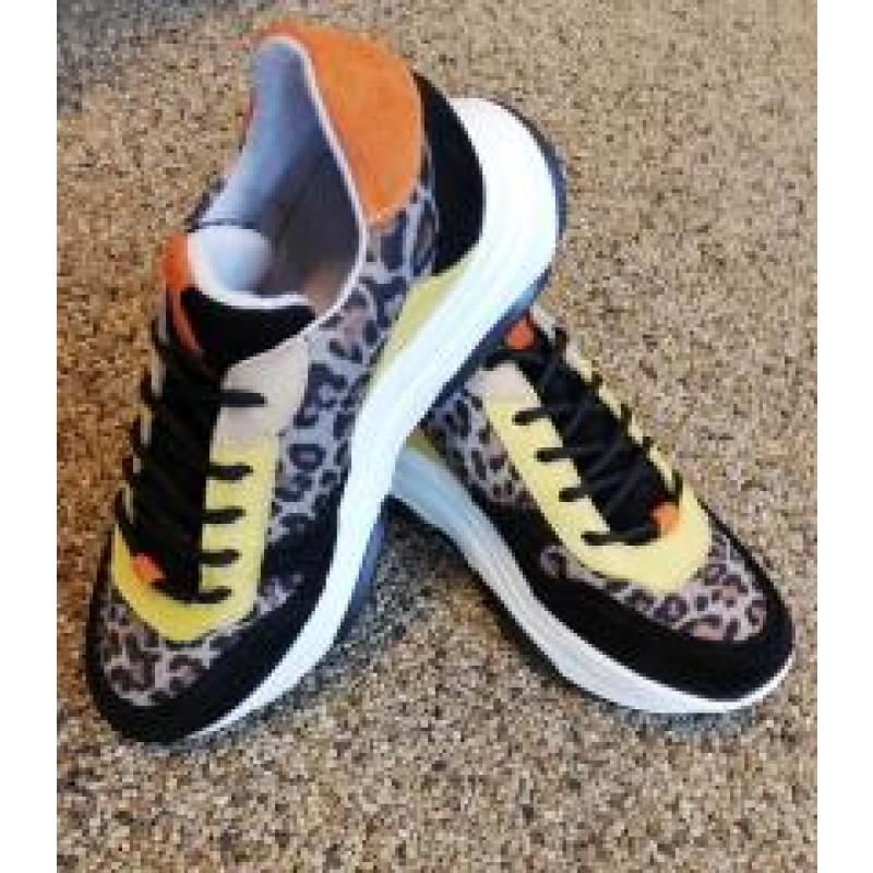 Steve Madden Zela Sneaker Suede Leather Leopard Multi