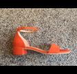 Pavement Lia Orange Suede